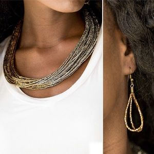 Paparazzi Necklace & Earring Set in Gold & Silver